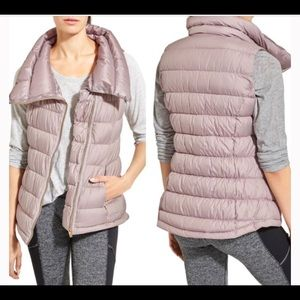 Athleta Down About Puffy Vest